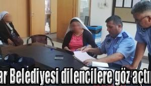 Akhisar Belediyesi dilencilere göz açtırmıyor