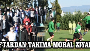 Akhisarsporlu Taraftarlar'dan Takıma Tam Destek !