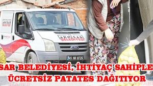 Akhisar Belediyesi, ihtiyaç sahiplerine ücretsiz patates dağıtıyor!