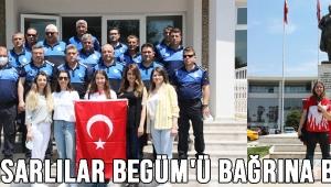 AKHİSARLILAR BEGÜM'Ü BAĞRINA BASTI!