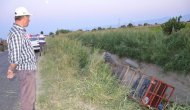 Manisa'da İki Traktör Su Kanalına Uçtu: 19 Yaralı