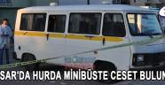 Akhisar'da Hurda Minibüste Ceset Bulundu